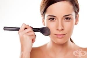Пудрата за лице може да причини алергии и акне