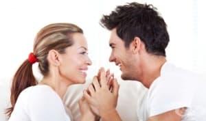 Двата въпроса, които могат да спасят връзката ви