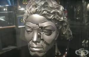 Сюрреалистичните колекции от странни скъпи джаджи на Майкъл Джексън