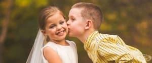Трогателно! 5-годишно момиче със сърдечно заболяване сбъдна мечтата си да бъде булка