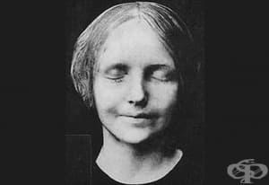 """Историята на френското момиче, чието удавяне го превръща в """"най-целуваното на всички времена"""""""