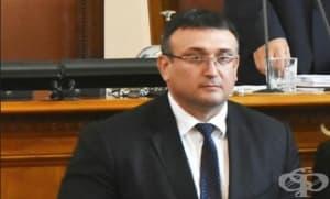 Министър Младен Маринов говори в парламента за злоупотребите с ТЕЛК