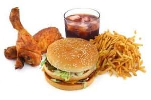 Има ли смисъл да пазите диета при акне?