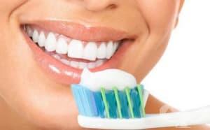 Избелваща паста за зъби