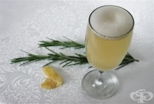 Джинджифилова напитка с розмарин