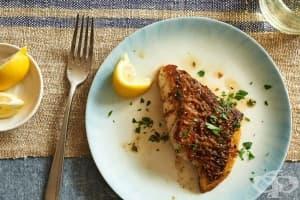 Филе от риба на тиган с масло и билки