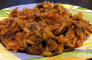 Задушен ориз с домати и гъби