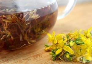 Облекчете депресията с чай от жълт кантарион