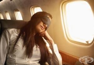 Открийте 9 тайни за перфектен сън по време на полет