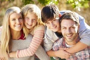 В услуга на приемните родители