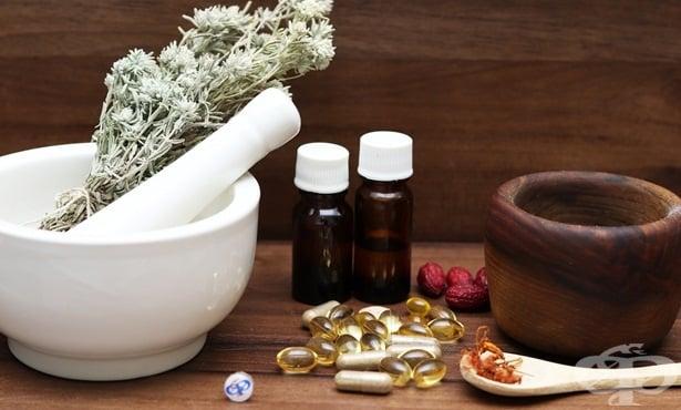 Билкови рецепти за косата, косопад, гнездова алопеция и пърхот - изображение