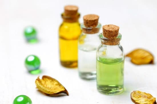 Етерични масла за лечение на хемороиди - изображение