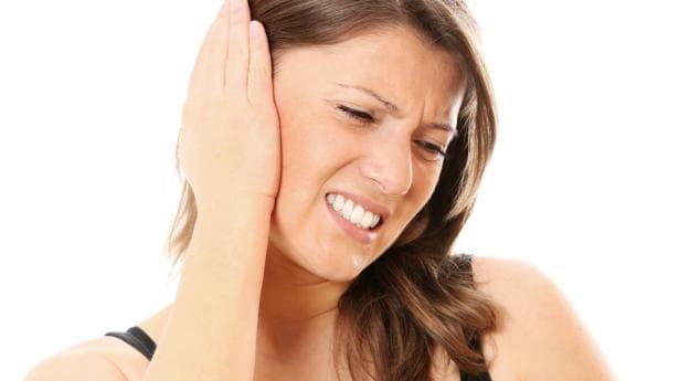 Как да облекчим болката в ушите без лекарства - изображение
