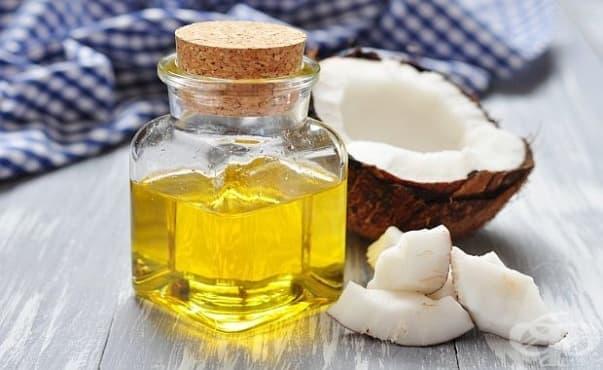 Кокосовото масло е нездравословно заради големия процент наситени мазнини в него - изображение