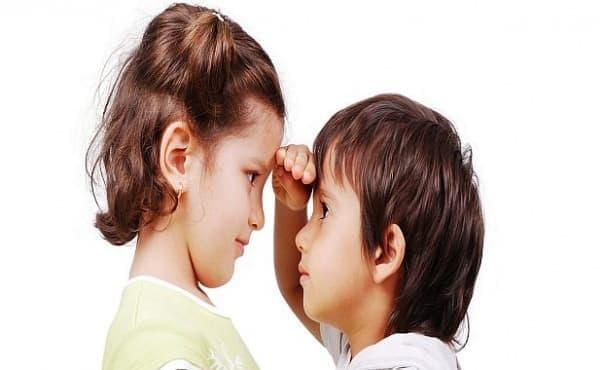 По-ниските за възрастта си деца може да са застрашени от инсулт като възрастни - изображение