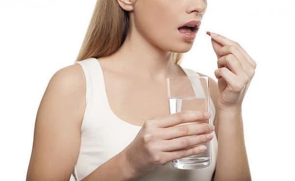 Приемът на някои орални антибиотици повишава риска от камъни в бъбреците - изображение