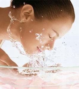 Грижи за чувствителната кожа - изображение