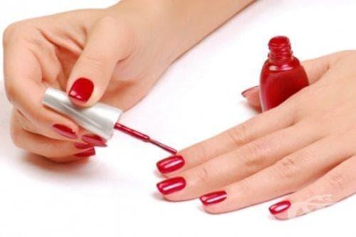 Да махнем лака от ноктите, без да им вредим с ацетон - изображение