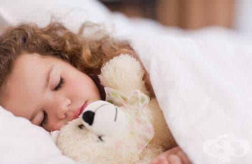 Завивайте детето с овча кожа, за да не боледува - изображение