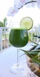 Здрави и красиви с Деси: Детоксикиращ зелен сок - изображение