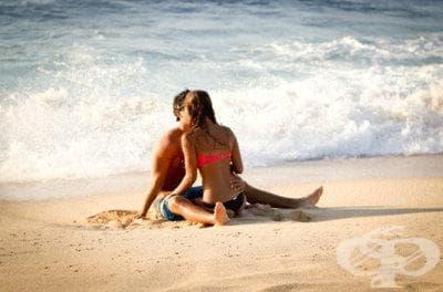 Секс по време на отпуска заздравява връзката - изображение