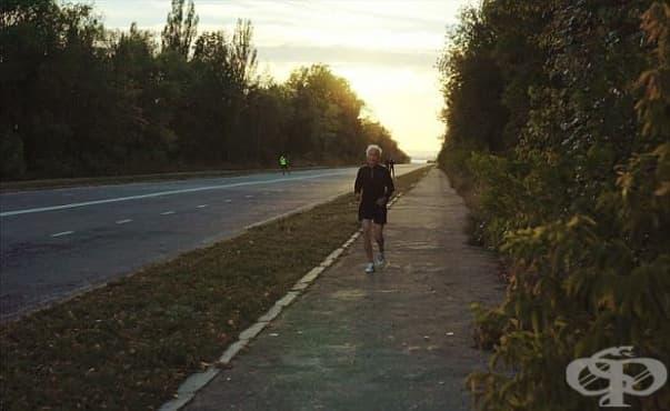 Разходката в замърсена среда обезсмисля положителния ефект от нея - изображение