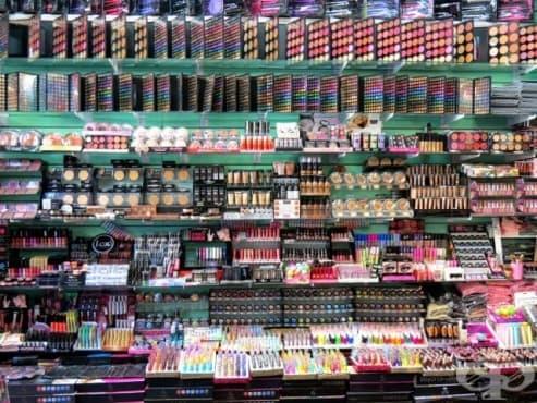 Репликите на козметични марки могат да съдържат фекалии - изображение