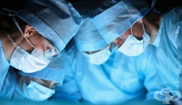 Защо престилките на хирурзите са сини или зелени - изображение