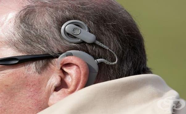 Възрастните хора с кохлеарни импланти показват слаба когнитивна функция - изображение