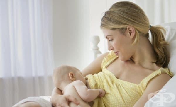 Кърменето понижава болката на бебето при ваксина - изображение