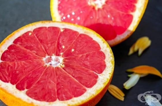 Козметика с витамини за сияйна кожа - изображение