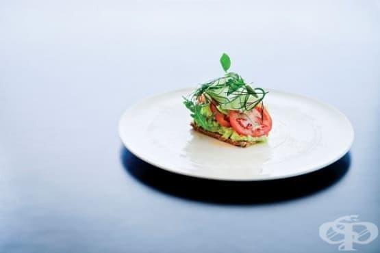 Хранене с малки порции предразполага към напълняване - изображение