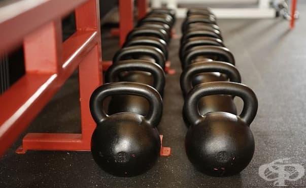 Съсредоточаването на младите мъже в трупането на мускули е симптом за проблем - изображение