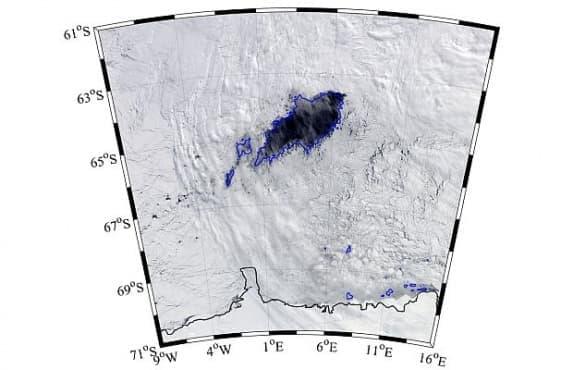 Откриха огромна дупка в Антарктида с неясен произход - изображение