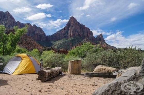 Поход с палатка помага при безсънието - изображение