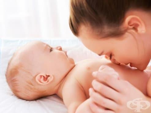 Късното прерязване на пъпната връв намалява риска от развитието на анемия при бебето - изображение