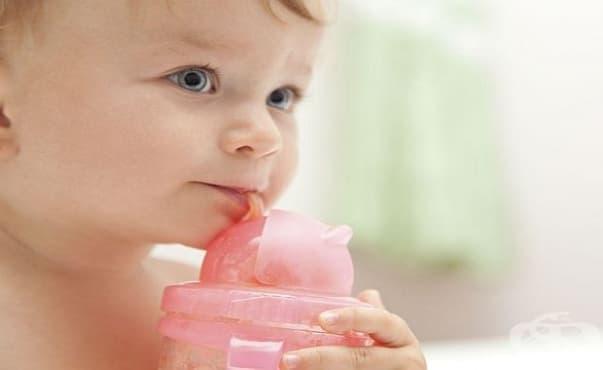Не е препоръчително детето да пие само преварена вода - изображение