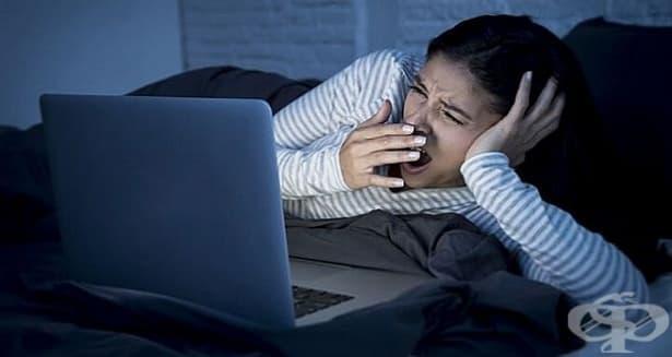 Ограничаването на модерните технологии подобрява съня при тийнейджърите - изображение
