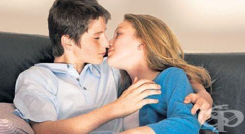Тийнейджърите имитират сексуалното поведение на родителите си - изображение