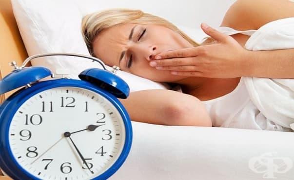 Наваксването със съня през уикенда води до отслабване - изображение