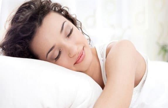 5 нестандартни напитки за добър сън - изображение