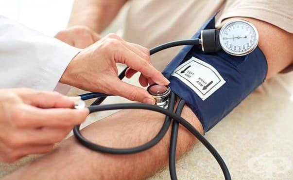 Агресивното сваляне на високото кръвно налягане намалява риска от проблеми с паметта - изображение