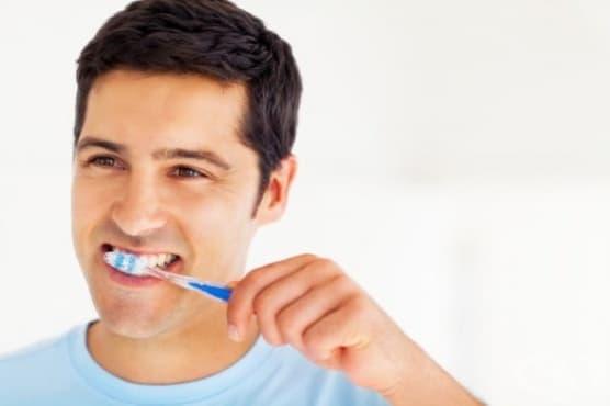 Проблемите с ерекцията и лошото състояние на венците са свързани - изображение
