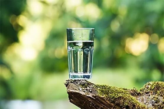 Вода (негазирана) - изображение
