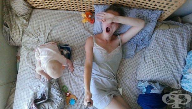 Майка документира със селфи стик какво е да живееш с бебе - изображение