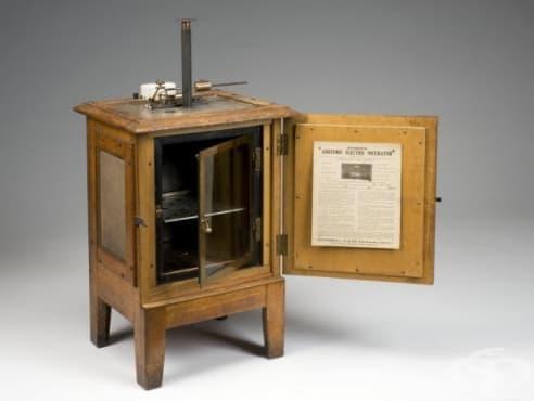 Електрически инкубатор за лабораторна употреба от 1901г. - изображение