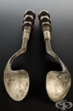 Гинекологичен форцепс, създаден през 18 век от хирурга Жан Палфин  - изображение