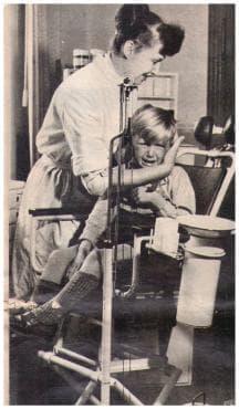 На зъболекар в ГДР, в началото на 60те години на 20 век - изображение