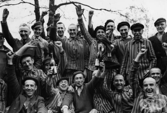 """Нацисткият медик, наречен """"Добрия човек от Аушвиц"""" - изображение"""