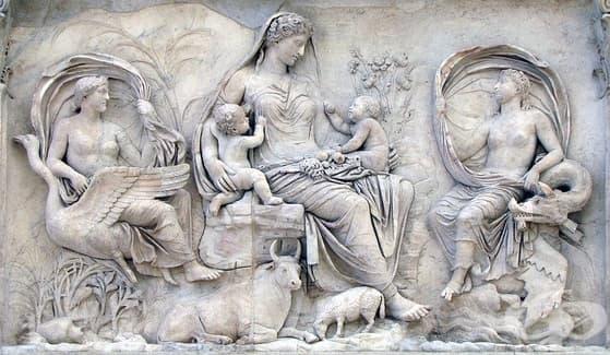 Грижите за жената по време на бременността и раждането в древен Рим - изображение